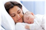 Cute-Mother-and-Baby-Bonding-16